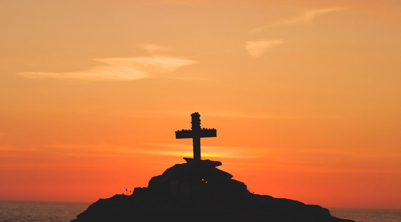 Steve's Devotional – Crosses & Crowns